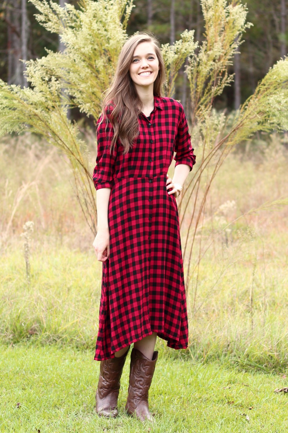 Modest Dressy Casual Outfit Idea for Church//Red and Black Buffalo Plaid Dress//Cowboy Boots//Fall/Winter Style Inspiration//Christmas//Simple//Comfy//Country//Pretty//Feminine//Modern//